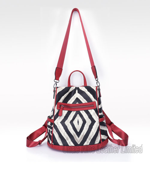 UN18170 strap 500x563 - Printed style PU leather open on back very safe mutli-used 3 in 1 backpack