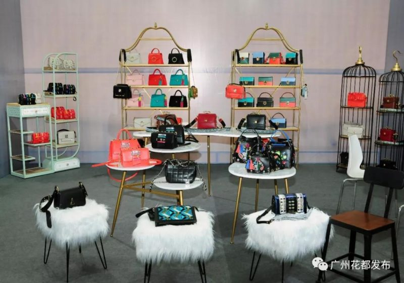 the 15th china shiling leather and its products fair 4 800x561 - The 15th China (Shiling) Leather and its Products Fair