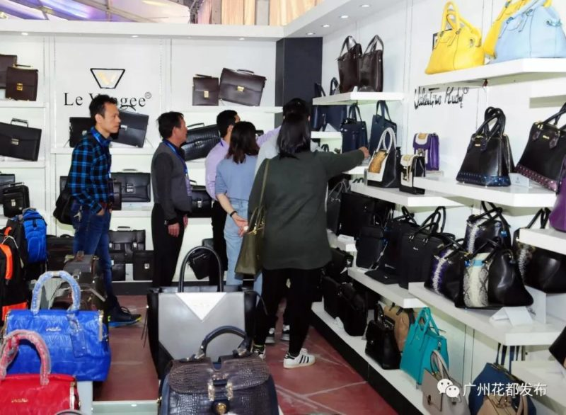 the 15th china shiling leather and its products fair 5 800x586 - The 15th China (Shiling) Leather and its Products Fair