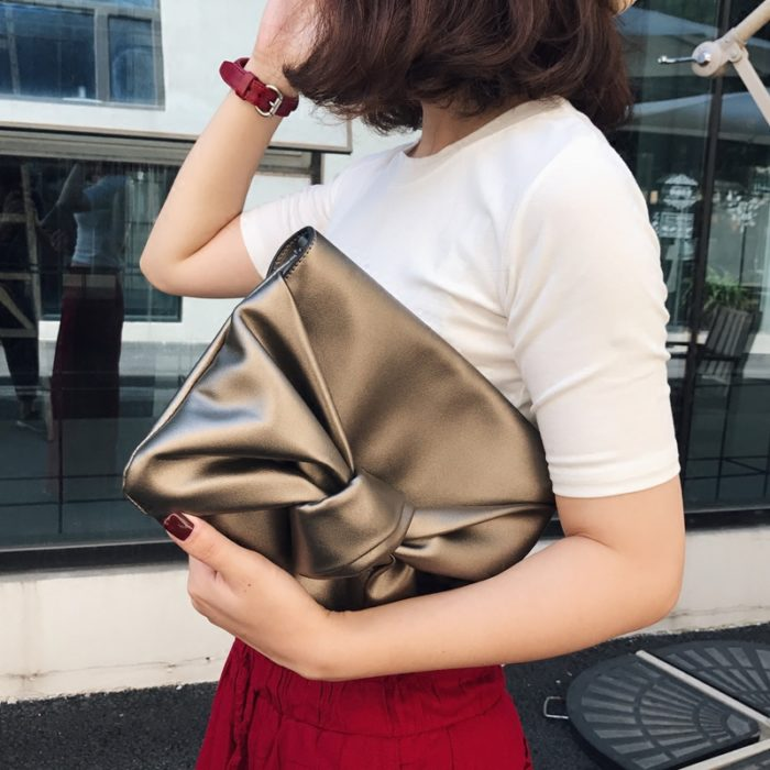 UN18004 47 700x700 - New design soft golden PU leather office lady clutch bag