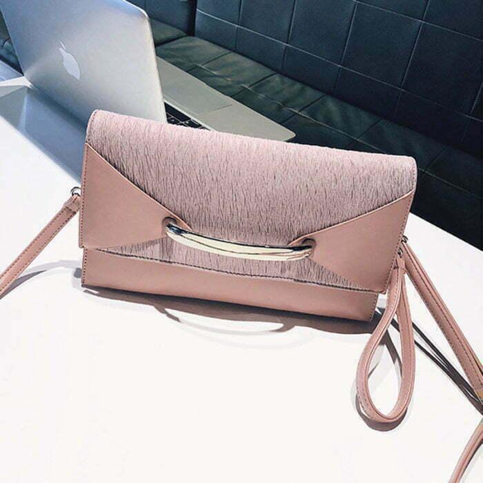 UN19153 700x700 - Small MOQ PU leather ladies envelope clutch bag
