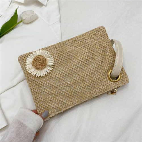 2022 Summer Fashion Women Straw Clutch Bag